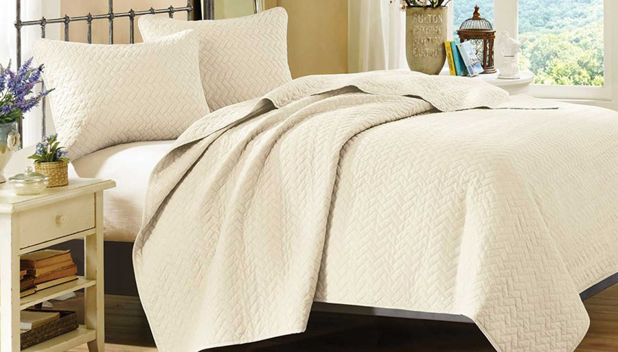 Picture of Velvet Touch Ivory Coverlet Set