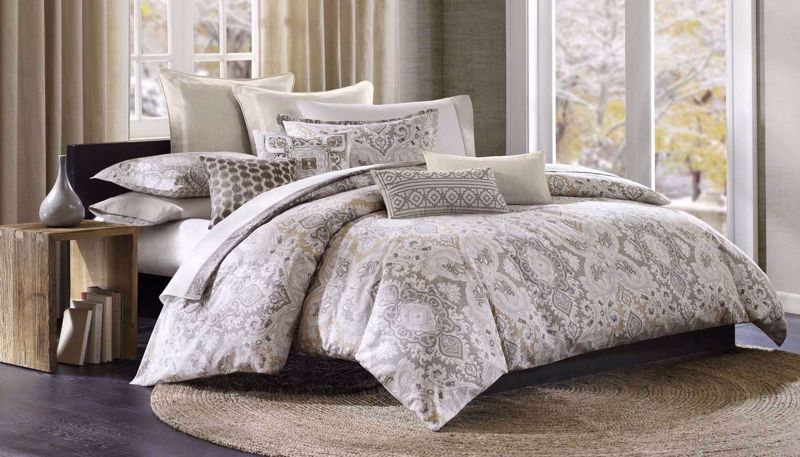 Picture of Odyssey Comforter Set