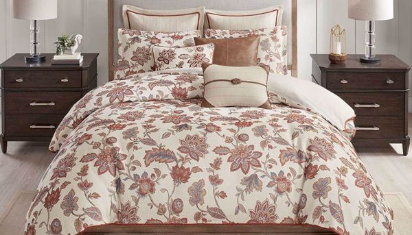Picture of Wentworth Jacquard Comforter Set