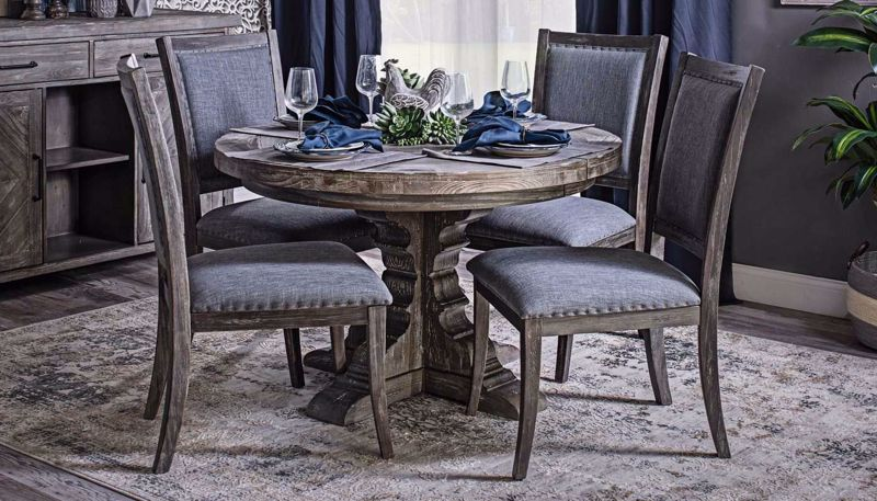Imagen de Port Arthur Round Dining Table & Chairs