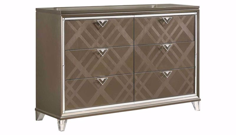 Picture of Kendall Dresser