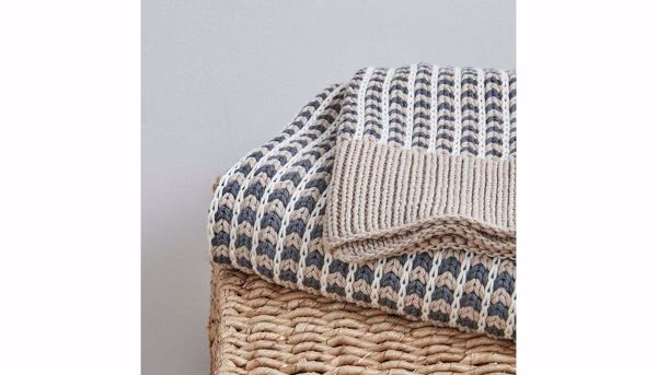 Picture of Reed Cotton Knit Throw Grey
