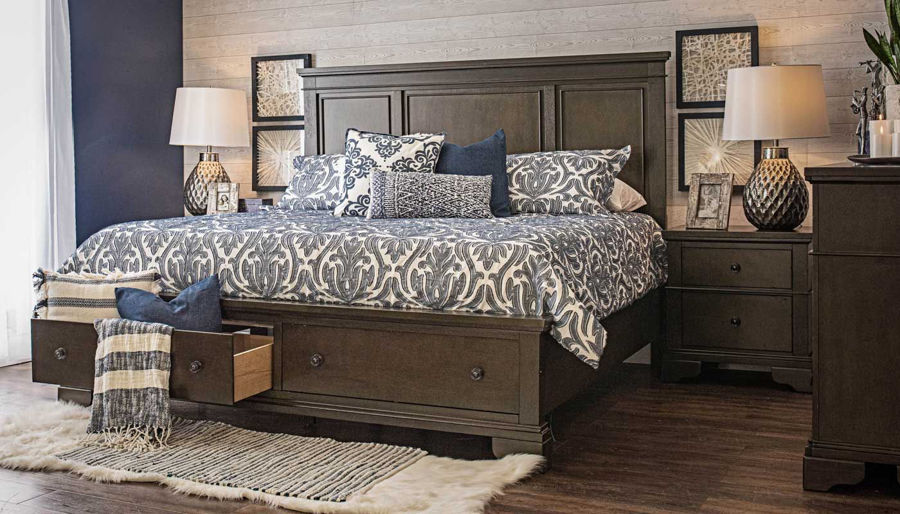 Picture of Daniel King 3-Piece Bed, Dresser, Mirror & Nightstand