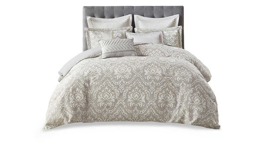 Picture of Manor Comforter Set