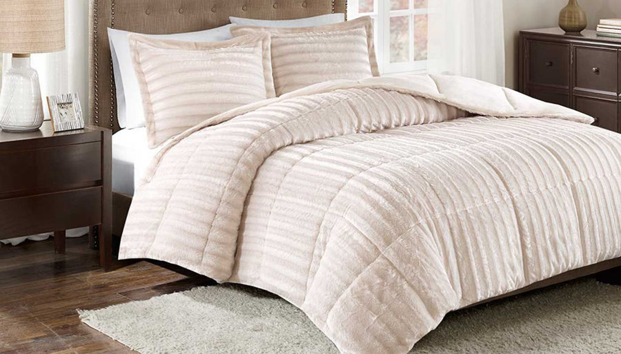 Picture of Duke Faux Fur Champagne Comforter Set
