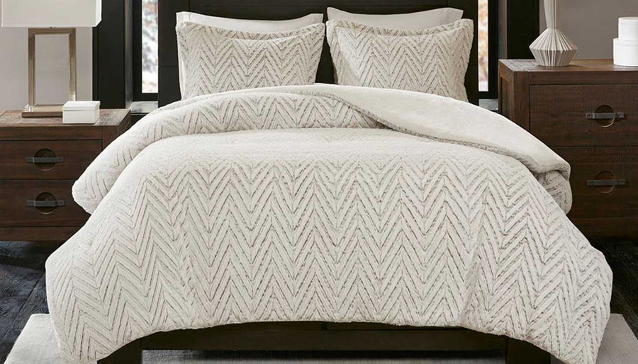 Picture of Adelyn Ivory Comforter Set