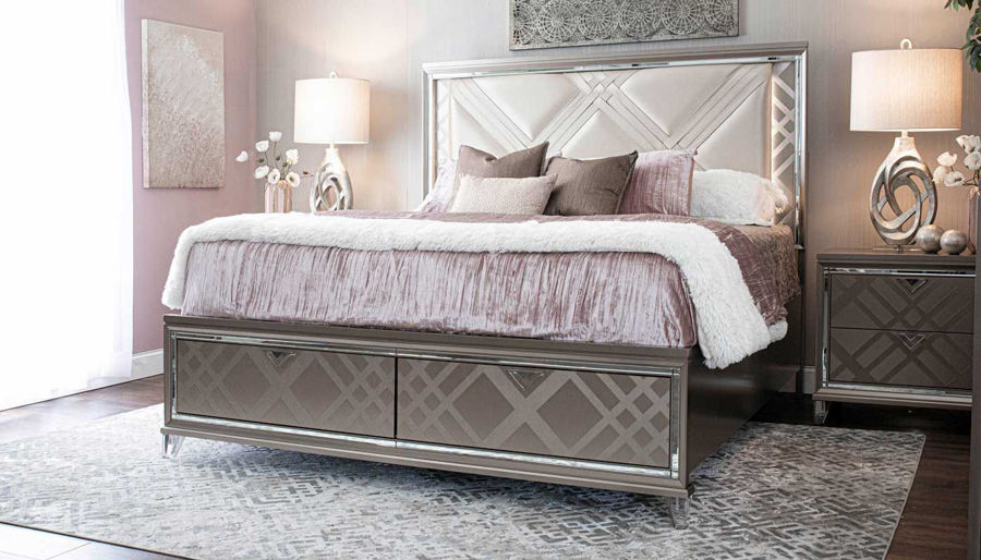 Imagen de Kendall King Bed, Dresser, Mirror & 2 Nightstands