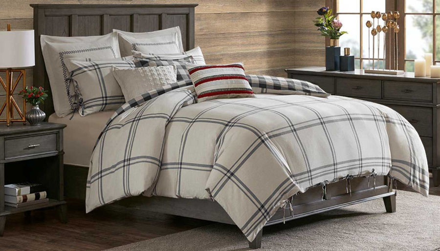 Picture of Willow Oak Comforter Set