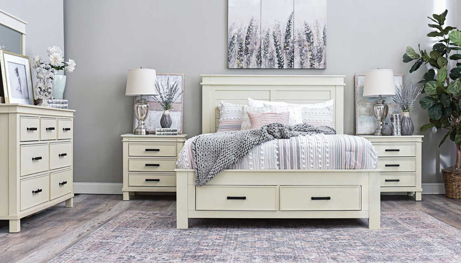 Imagen de Hempstead King Bed, Dresser, Mirror, Nightstand & Chest