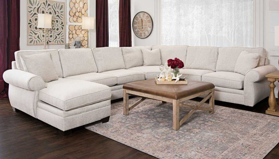Imagen de Pierce Sectional with Chaise