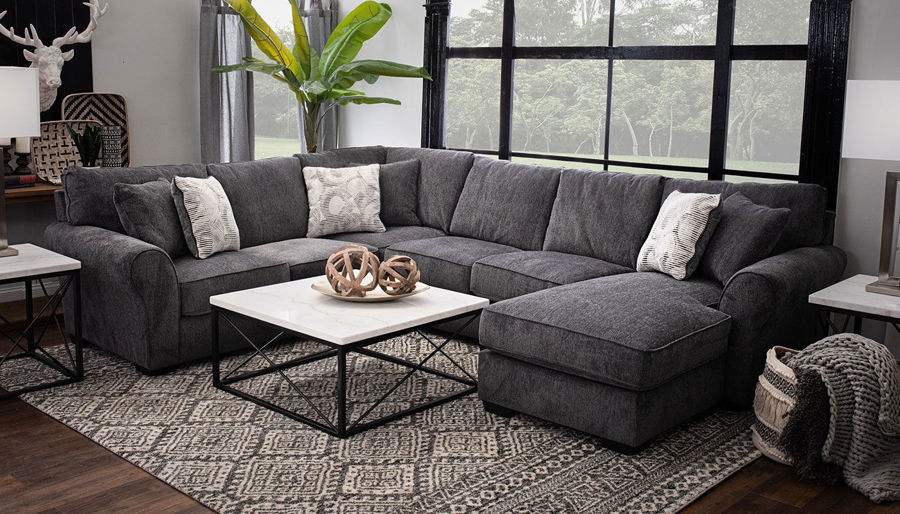 Picture of Hermes Sectional with Right Arm Facing Chaise