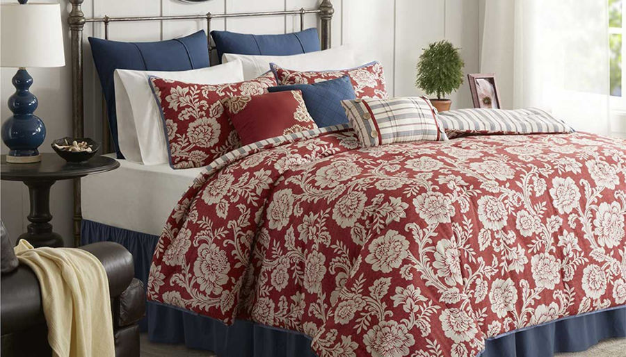 Picture of Lucy Comforter Set